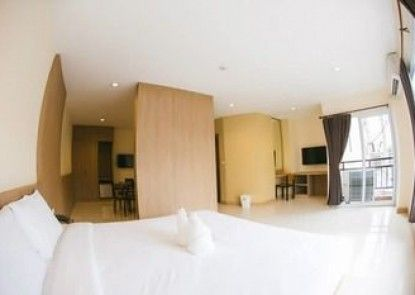 OMG Hotel