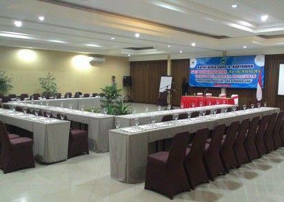 Ommaya Hotel & Resort Ruangan Meeting