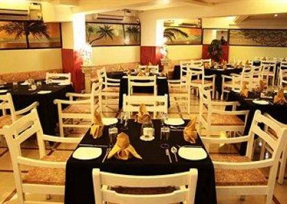 Om Shiv Hotel