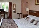 Pesan Kamar Kamar Quadruple Keluarga, 1 Tempat Tidur King, Ensuite di Clennell Hall Hotel