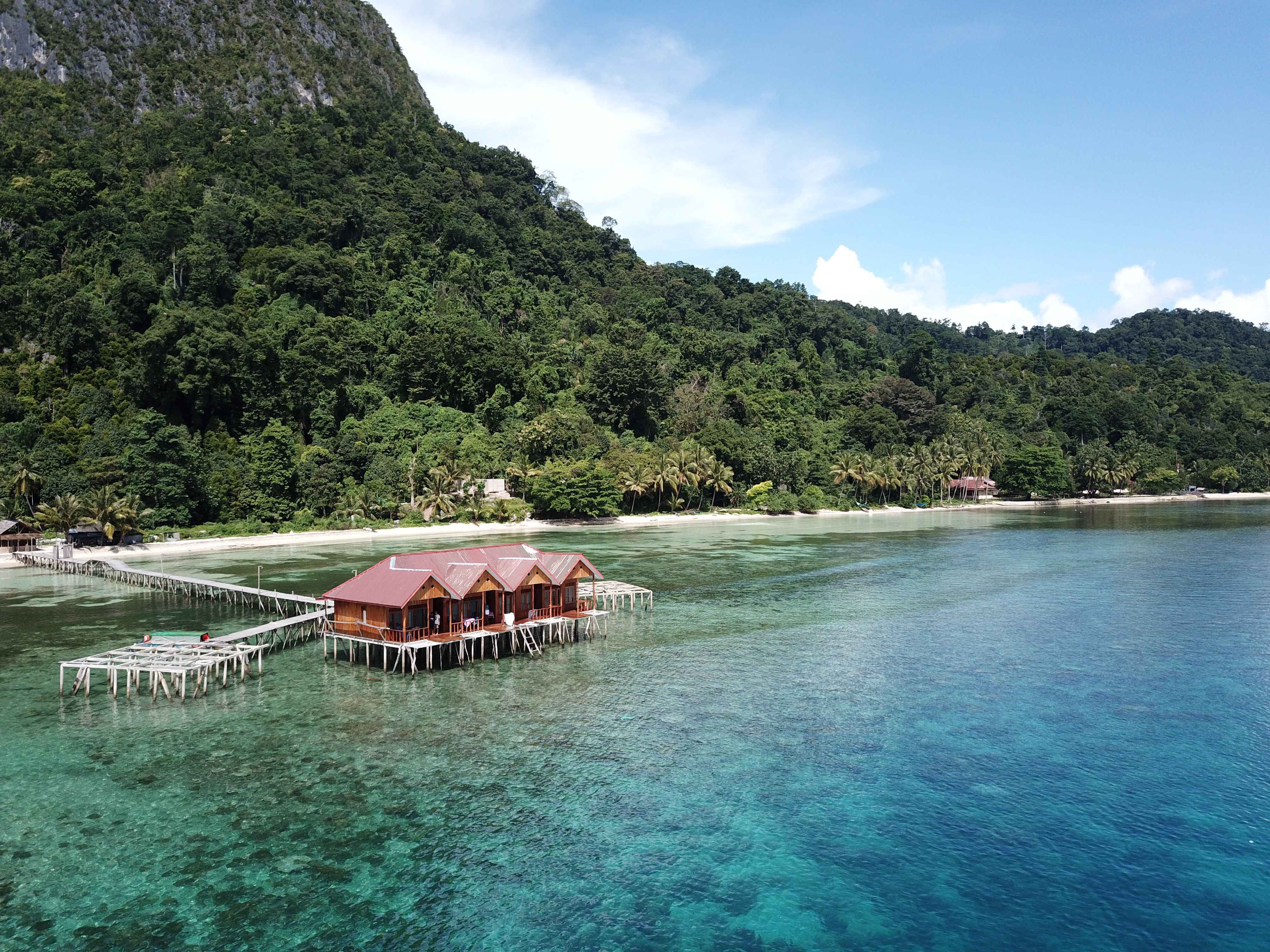 Ora Sunrise View Resort, Maluku Tengah
