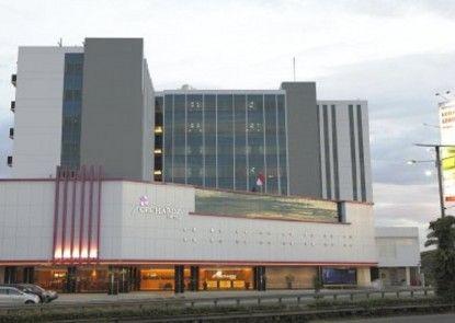 Orchardz Bandara Eksterior