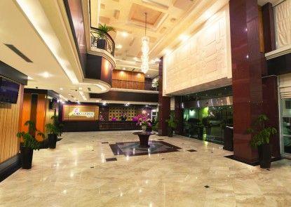 Orchardz Jayakarta Hotel Lobby