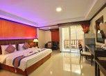 Pesan Kamar Kamar Deluks di Orchid Garden Hotel
