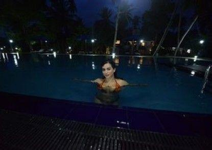 Oreeka Hotel