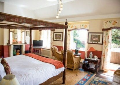 Orestone Manor