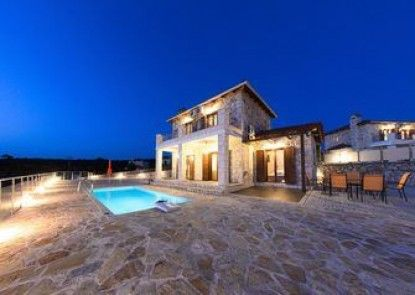 Orient Villas Traditional