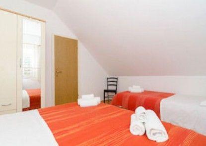 Orka Apartments