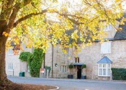 Oxford Spires Hotel