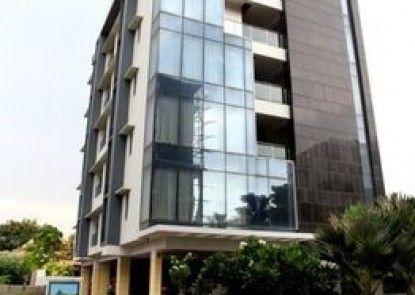OYO Premium Shilparamam Hitech City