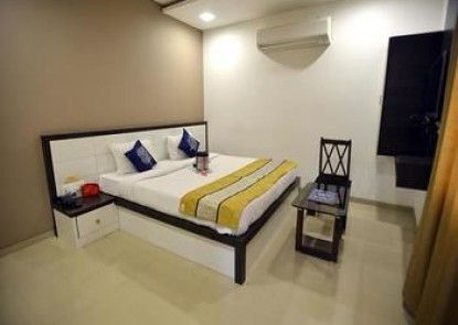 OYO Rooms Jetalpur Bridge