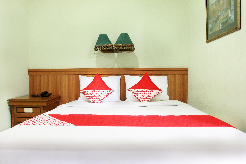 OYO 154 Griya Patria Guest House, Jakarta Selatan