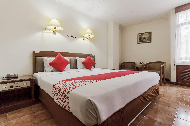 OYO 108 Hotel Surya, Jakarta Pusat
