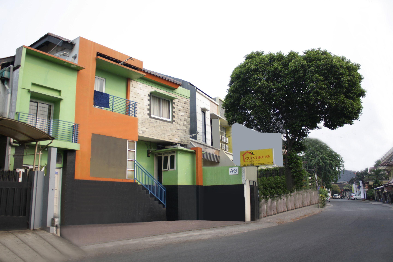 OYO 188 Nely Murni Residence, Jakarta Barat