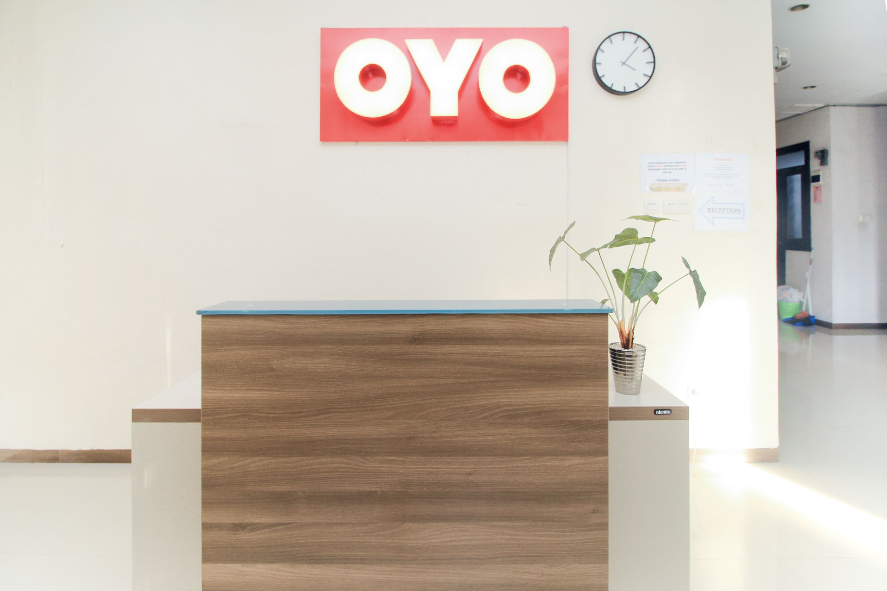 OYO 204 Blessing Residence,Made