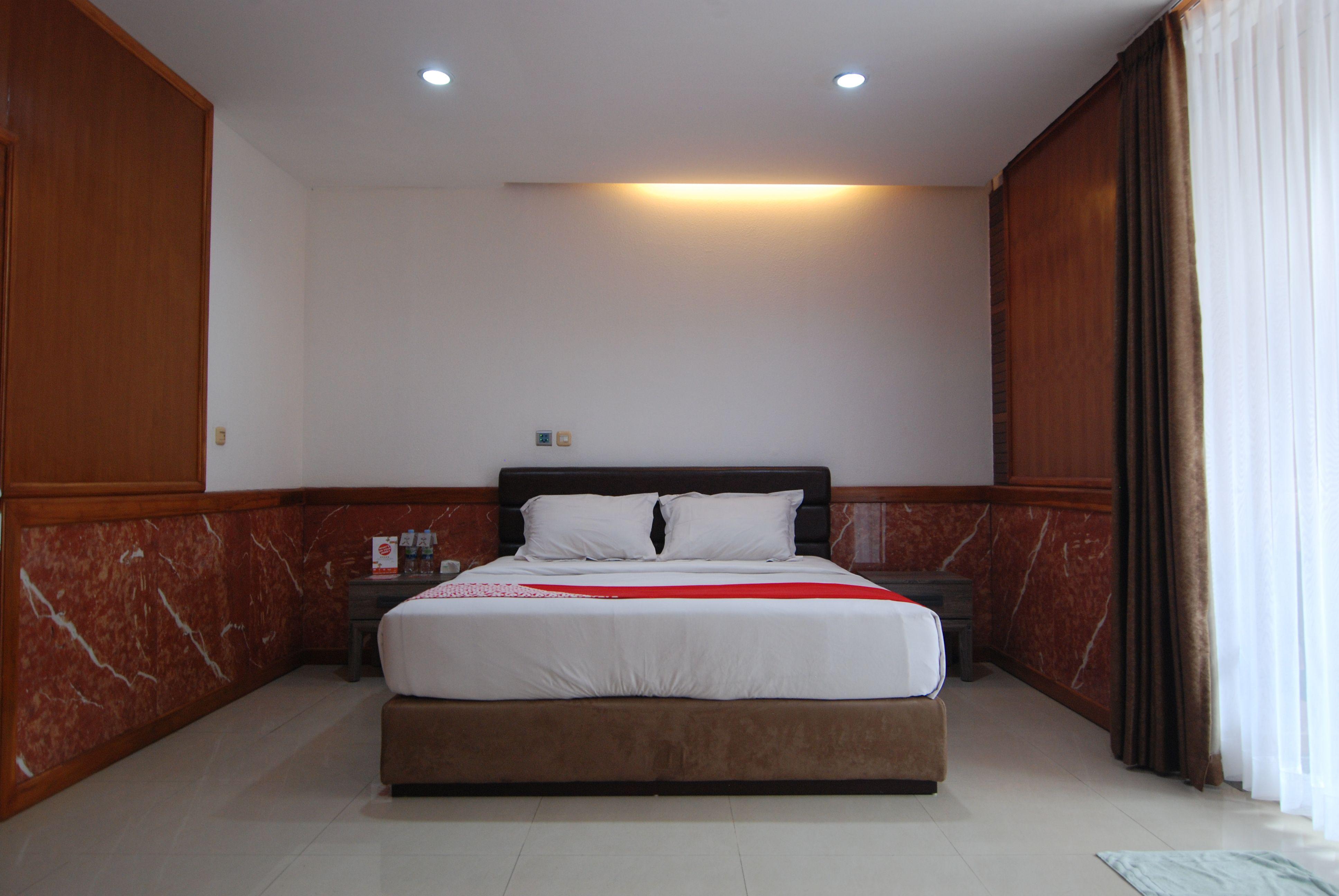 OYO 229 hi quality, Bandung
