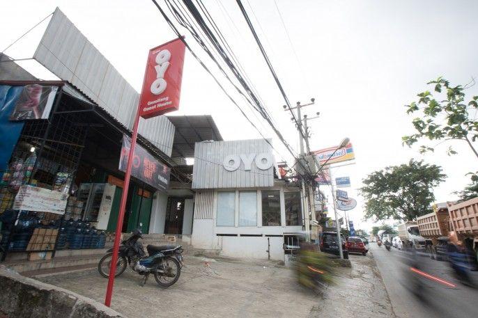 OYO 298 Gemilang Guesthouse Near Siloam Hospitals Kelapa Dua, Tangerang