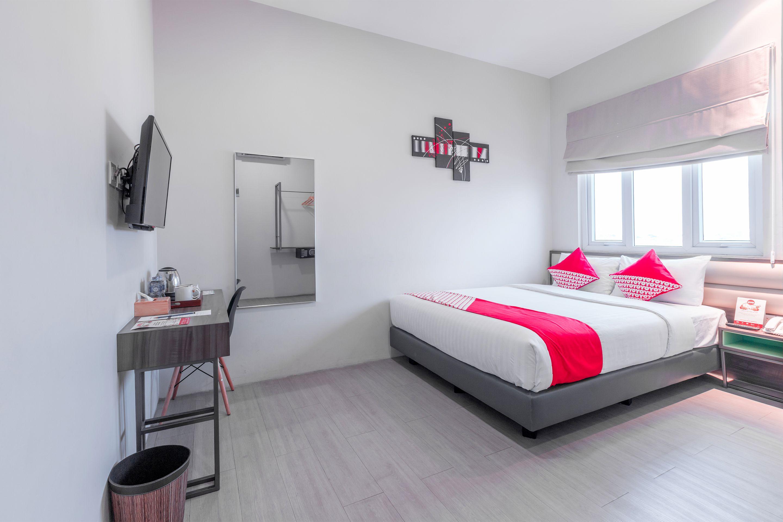 OYO 537 Versa Hotel, Bekasi