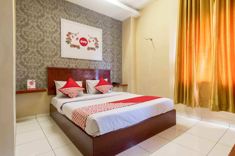 OYO 615 Residence Puri Hotel, Medan