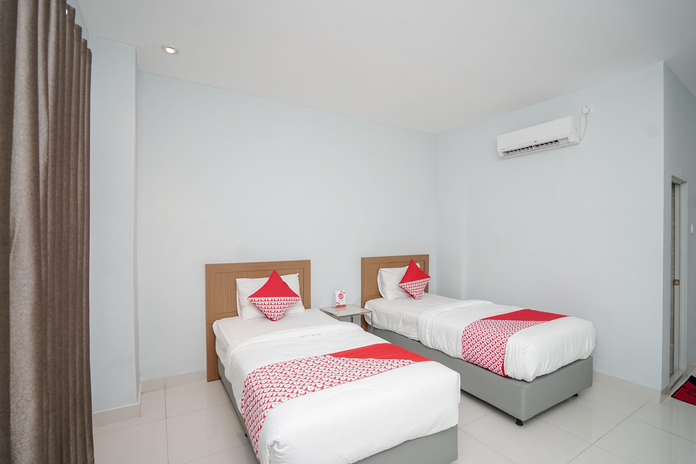 OYO 616 Express Inn, Palembang