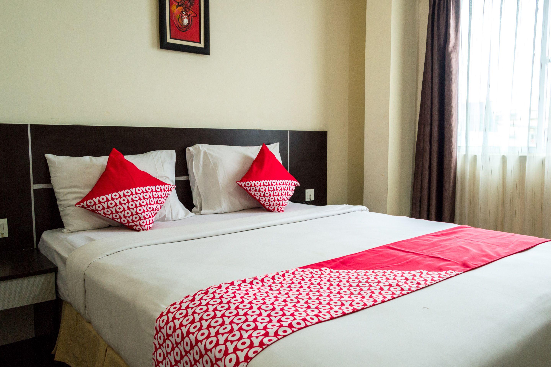 OYO 625 Hotel Golden Gate, Batam