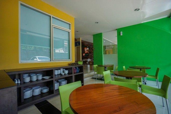 OYO 770 De Nearby Hotel, Manado