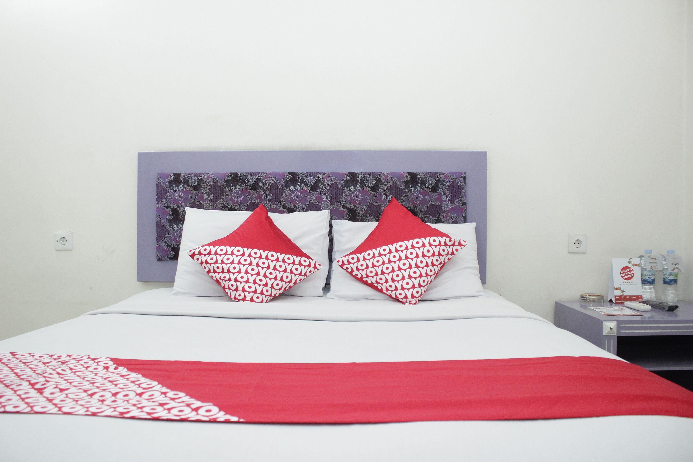 OYO 844 Surya Hotel, Jambi