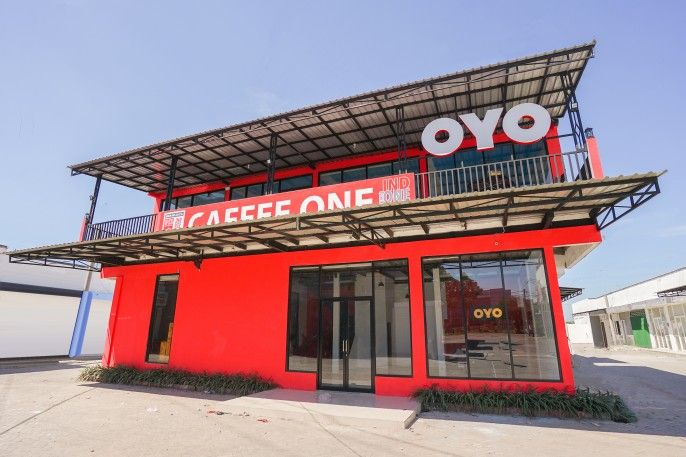 OYO 877 Bypass Town Square, Mojokerto