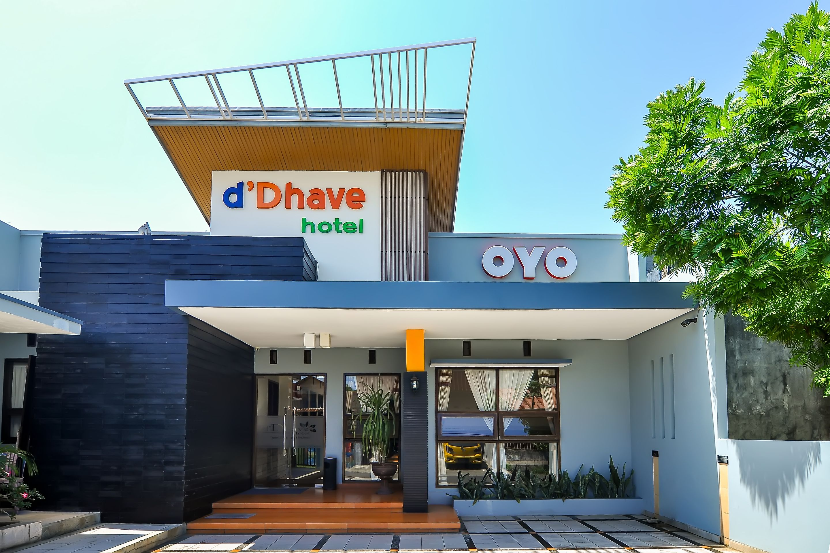 OYO 897 d Dhave Hotel, Padang