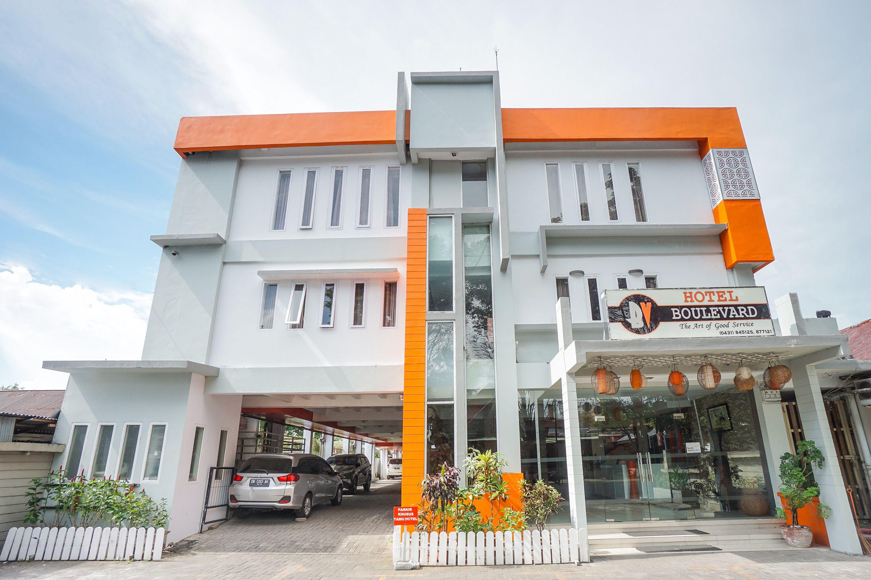 OYO 955 Hotel Boulevard, Manado