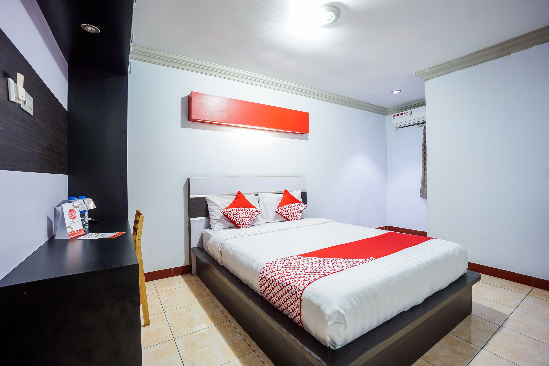 OYO 970 Riverside Hotel, Manado