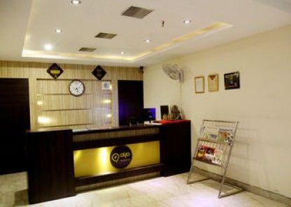 OYO Premium Allahabad Civil Lines