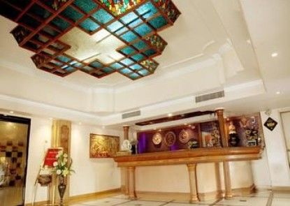 OYO Premium Allahabad High Court II