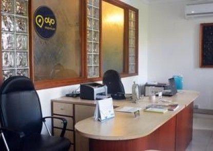 OYO Premium Arjun Marg