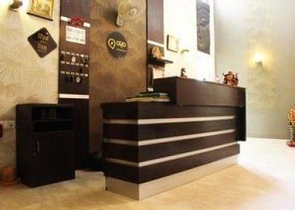 OYO Premium Galleria Market DLF 4