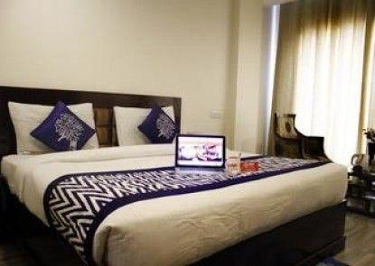 OYO Premium ISBT Dehradun