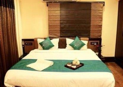 OYO Premium New Alipore South Kolkata