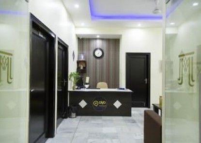 OYO Premium Shyam Nagar