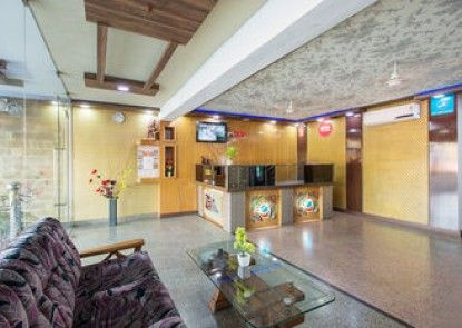 OYO Rooms Airport Tonk Road