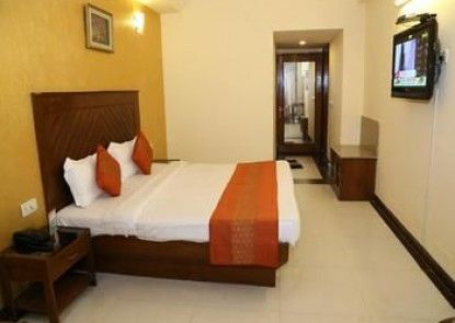 OYO Rooms Attawa Chowk Sector 42