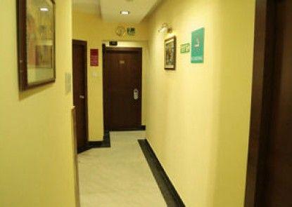 OYO Rooms Ballygunge Maddox Square