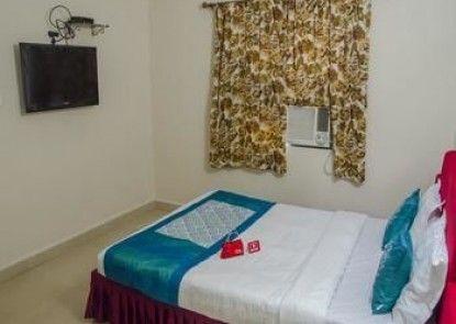 OYO Rooms Calangute Newtons Market