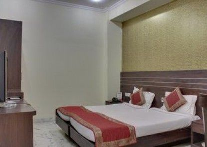 OYO Rooms Cyber Park