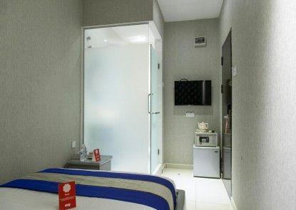 OYO Rooms Fahrenheit Mall
