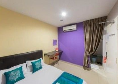 OYO Rooms Kota Damansara Segi University