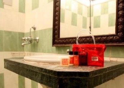 OYO Rooms Mahmoorganj