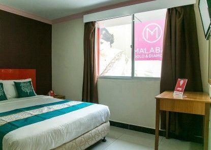 OYO Rooms Masjid India Jakel Mall