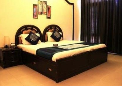 OYO Rooms Near Akashneem Marg
