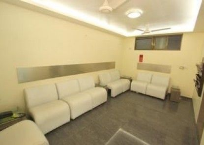 OYO Rooms Railway Station Jain Dharamshala