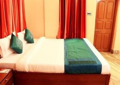 OYO Rooms Ruby EM By Pass